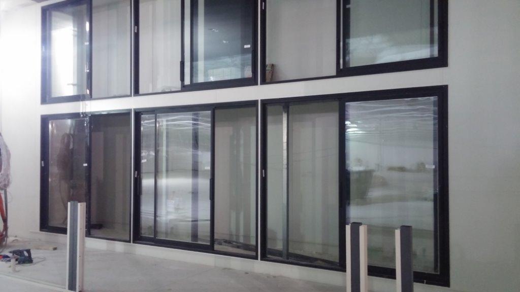 Coles Casey & Coolroom Doors and Door Parts | Burton Industries